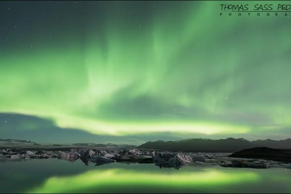 Nordlys taget ved Jökulsárlón. Exif er 30 sec, f/4, ISO 400, 14mm.